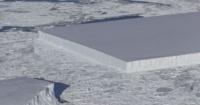 ¿Qué es ese bloque de hielo perfectamente cuadrado que flota sobre la Antártida?