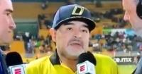 """El momento en que a Maradona se le """"olvida"""" hablar durante 11 segundos"""