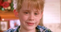 "Macaulay Culkin reconoció que usa ""Mi Pobre Angelito"" para seducir a sus novias"