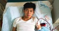 Postrado y con problemas renales: así vive el joven que vendió su riñón para comprar un iPhone