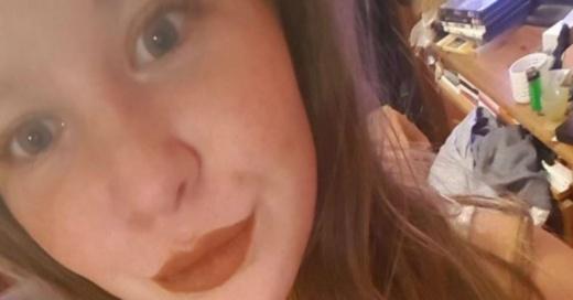 Joven fingió ser su supuesta gemela enferma para abusar sexualmente de su cuidador