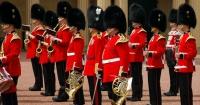"""Guardias del Palacio de Buckingham sorprenden interpretando """"Bohemian Rhapsody"""""""