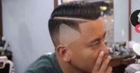 Cliente fue al peluquero, llevó la foto de un video pausado como modelo y el resultado es espantoso
