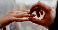 """""""El divorcio más rápido de su historia"""": duraron apenas 3 minutos casados"""
