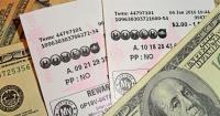 Mujer gana la lotería gracias a los números que soñó hace un cuarto de siglo